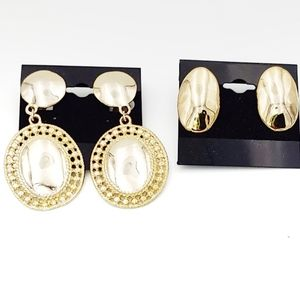 0246 Vintage 2 Pairs of Gold Clip On Earrings
